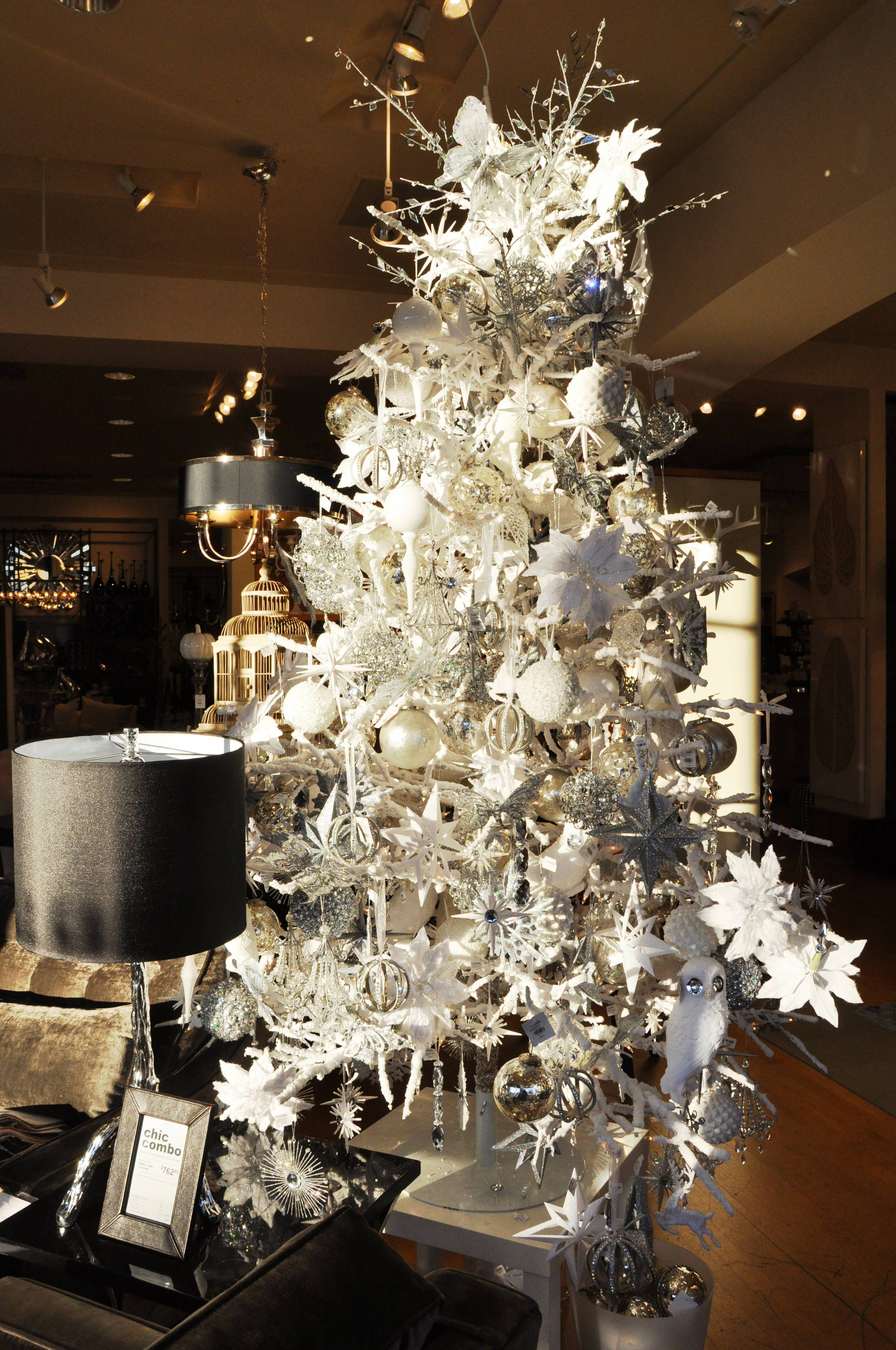 Christmas tree 2014 decorating trends - Christmas Tree Kuwans Com 2