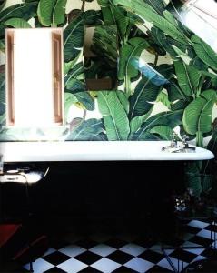 palm leaf bathroom 4