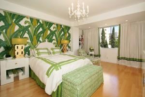 palm tree bedroom